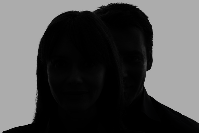 silhouette-of-fake-tenant-and-landlord